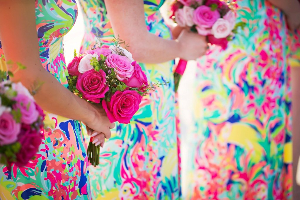Bridesmaids Bouquets in Shades o f Pink