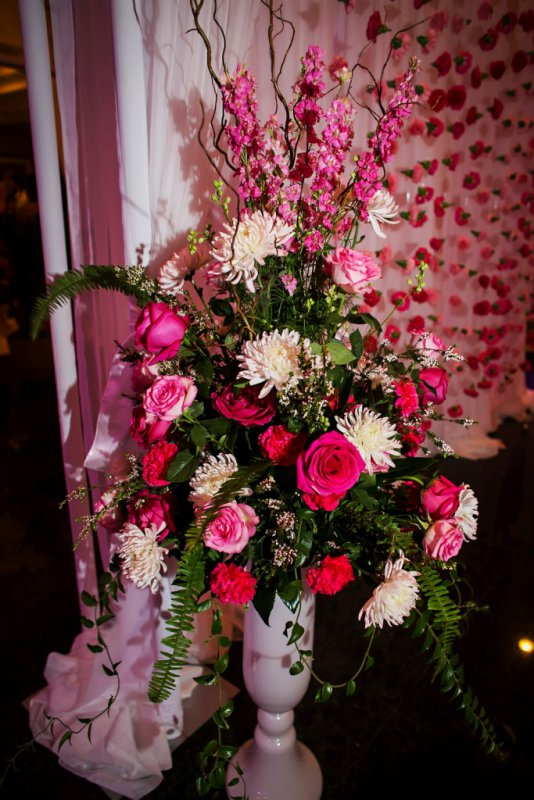 Floor Vase with Shades of Pink in Garden Style