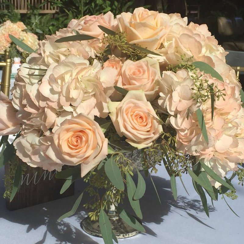 Peach Hydrangea with Tiffany Roses in Footed Mercury Bowl Centerpiece