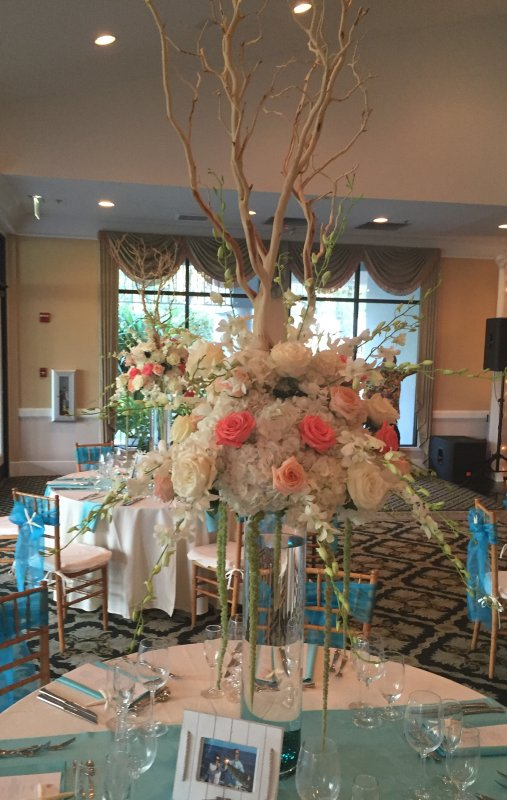 Elevated Guest Table Centerpiece in Peach Coral Cream Manzanita with Trailing Amaranthus