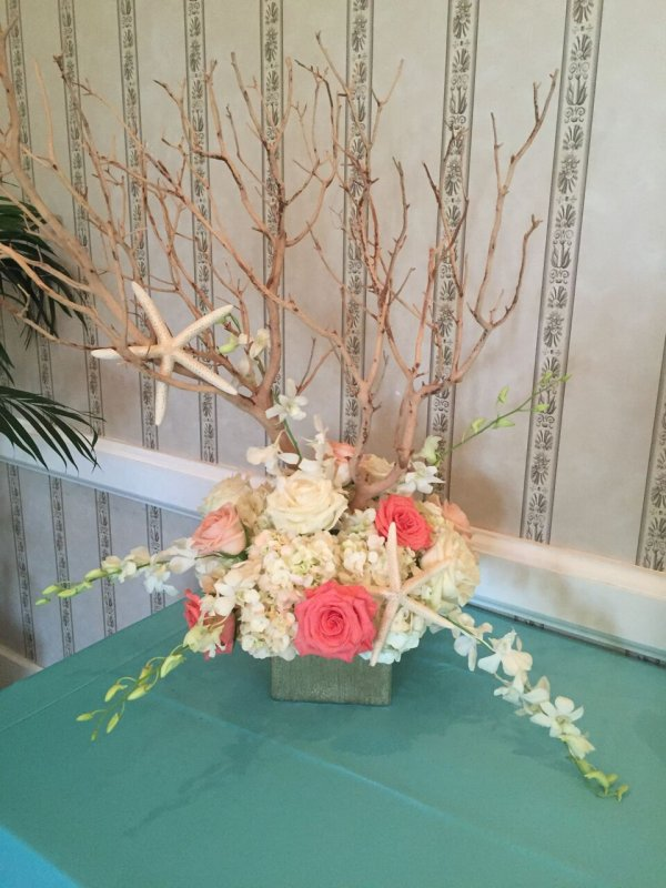 Place Card Table Low Manzanita Table Centerpiece