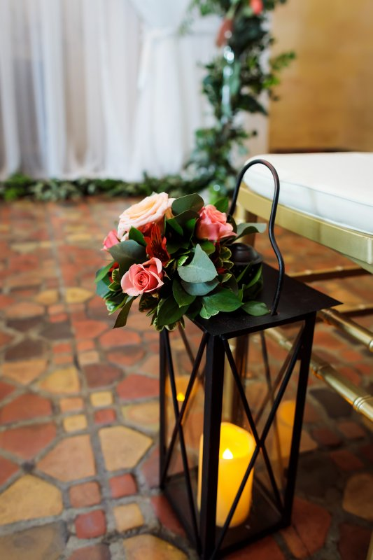 Lantern with Flowers to Line the Aisle
