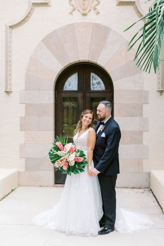 couple-w-bridal-bq-tropical-pink-ginger-anthurium-dendrobium-orchids-
