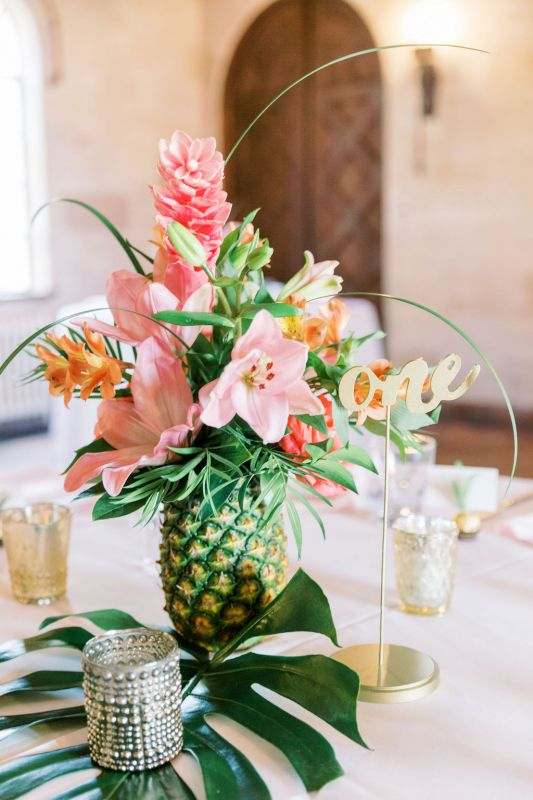 pineapple-centerp-up-close-