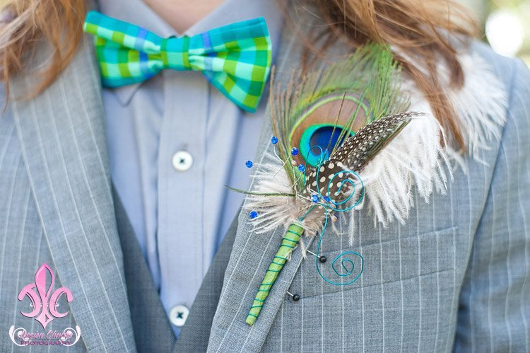 Peacock feather-bout