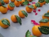 fresh-oranges-as-place-cards-for-garden-wedding
