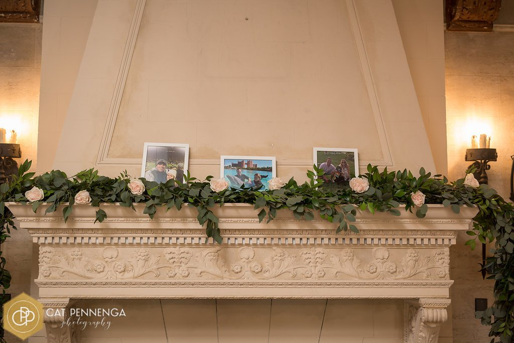 Mantle with Garland and Roses