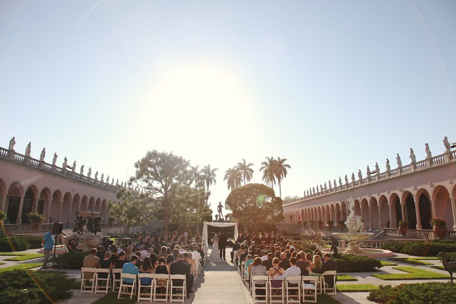 wedding-ceremony-under-canopy-ringling-museum