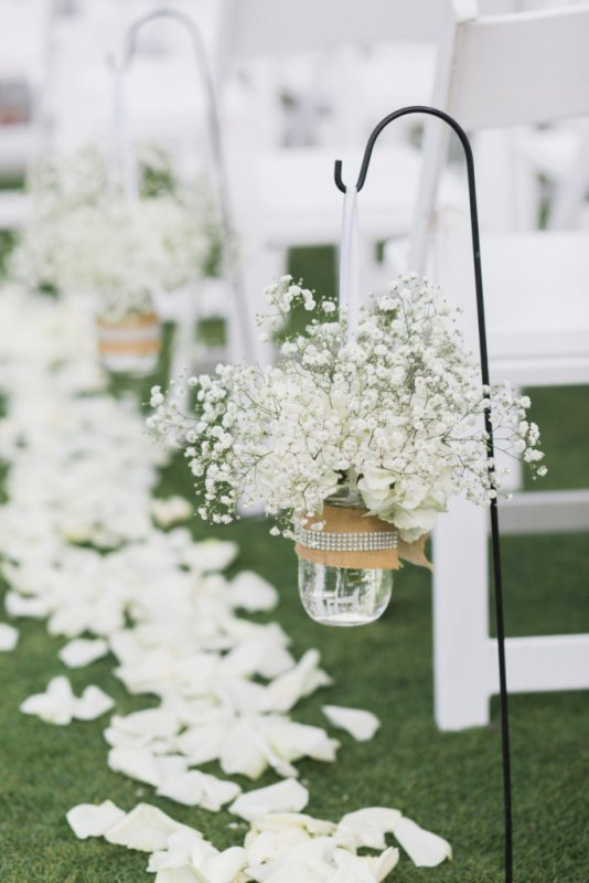 Decorated Mason Jar with Hydrangea and Baby's Breath