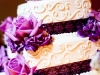 purple-hydrangea-and-lavender-roses-for-wedding-cake