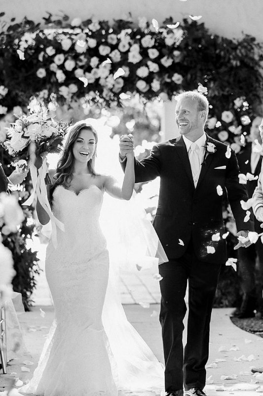 Arch with Bride and Groom in Black and White