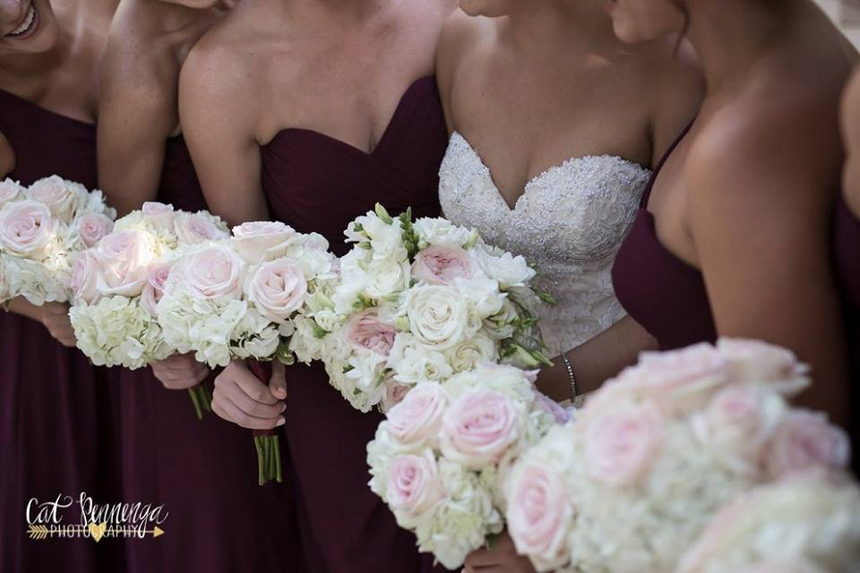 Bride Bouquet and Bridesmaids Bouquets with Blush Roses and Hydrangea