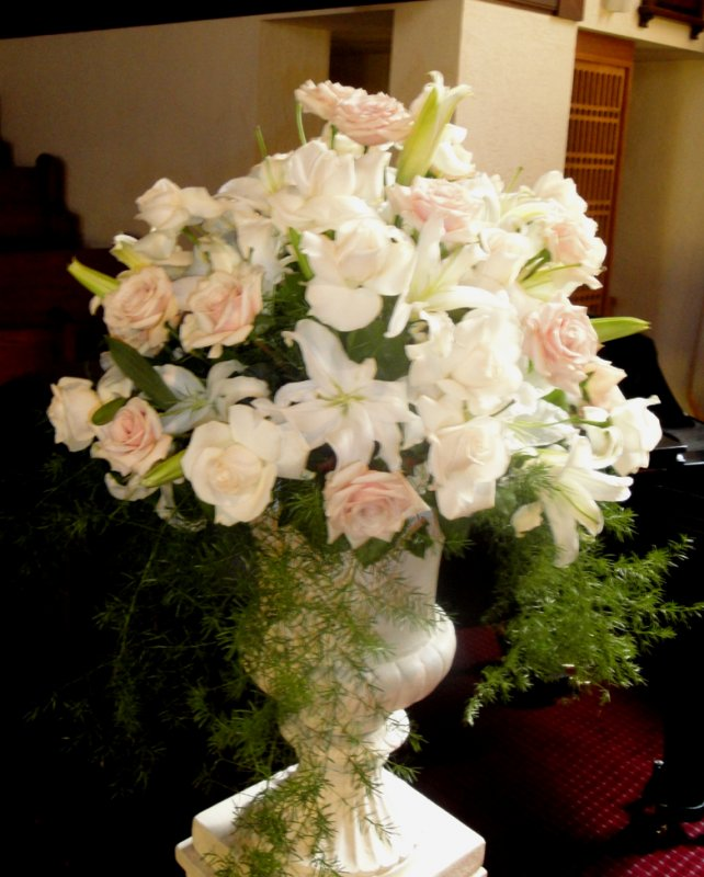 Wedding Flower Arrangements For Church: Spectacular Destination Wedding-Ceremony 1st Presbyterian