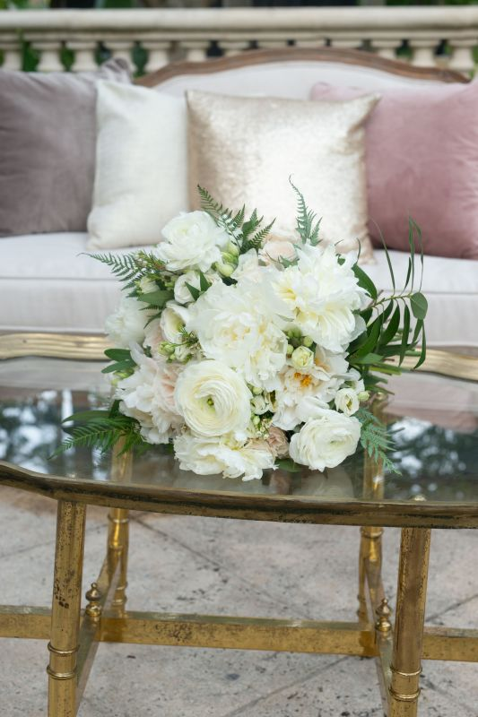 Gorgeous All-White with Hint of Blush Garden Look Bouquet