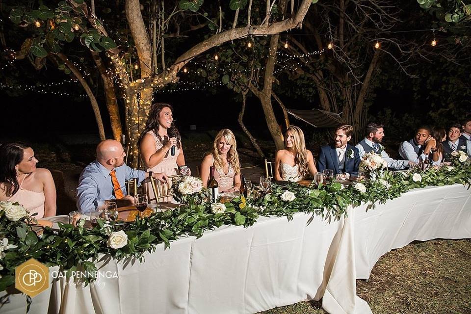Garland on Head Feasting Table