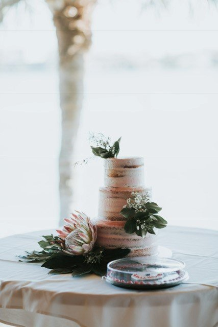 Naked Cake with Garden-Look Flowers