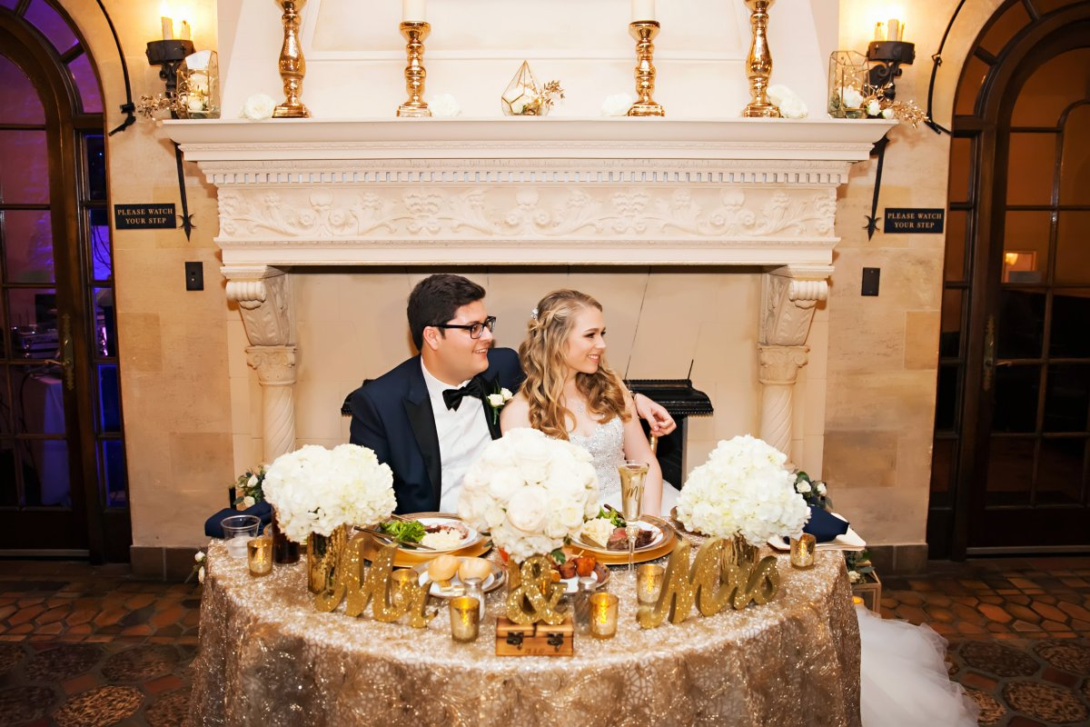 Sweetheart Table with Bridal Bouquet and 2 Bridesmaids Bouquets with Gold Candles