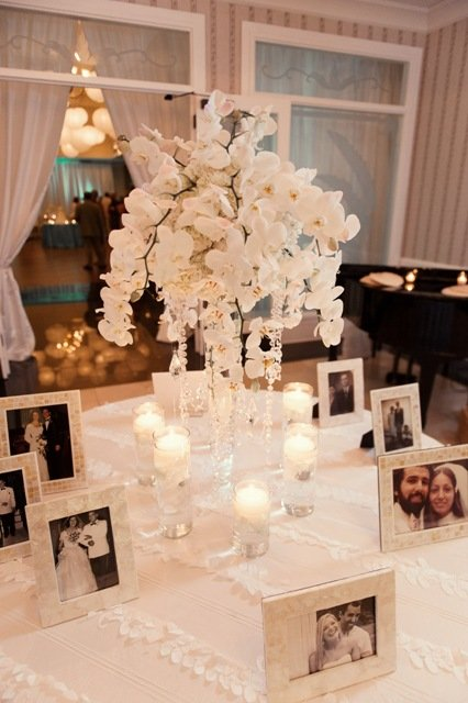 Place card table with phalaenopsis