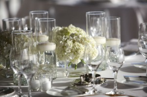 stunning white centerpiece