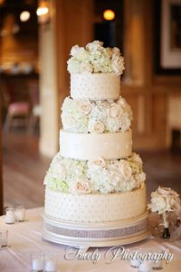 cake-by-the-ritz-flowers-by-fudgie